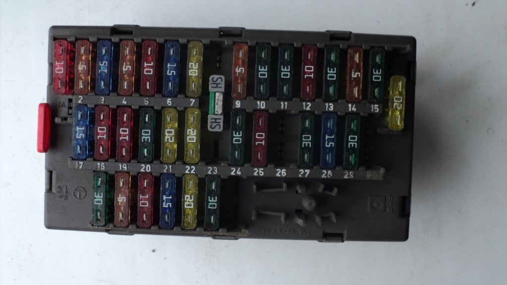 fuse box peugeot 806 2000 (9631527980), 10by1 1358 fuse sizes chart peugeot 806 fuse box location #11