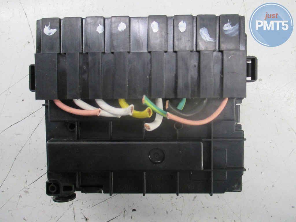 fuse box citroen c3 2003 (9636079380),